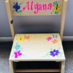 NATURAL FLP STOOL BUTTERFLY & FLOWERS